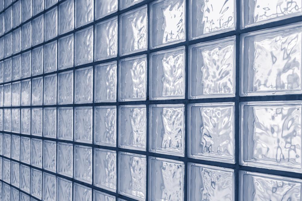 Tudo sobre bloco de vidros: para que servem, como e quando usar!