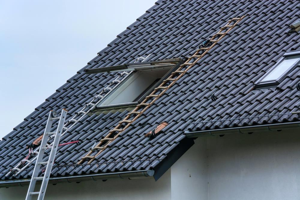 Qual é a melhor época do ano para reformar o telhado